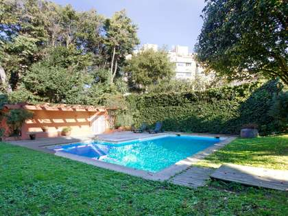 600 m² house for sale in Porto, Portugal