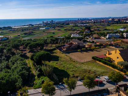 1,098m² Plot for sale in Mataro, Barcelona