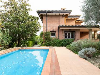 Casa / Vil·la de 400m² en venda a Sant Cugat, Barcelona