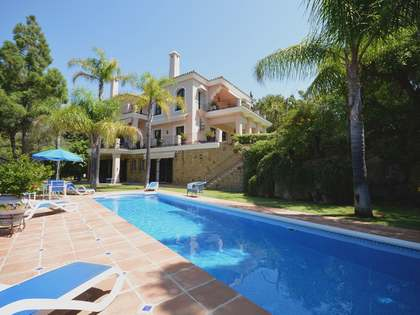 598m² Haus / Villa mit 290m² terrasse zum Verkauf in East Marbella