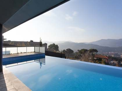 Modern house for sale in Vallromanes Maresme Coast