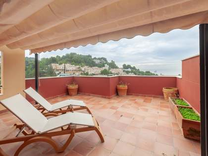 270m² House / Villa with 50m² terrace for sale in East Málaga