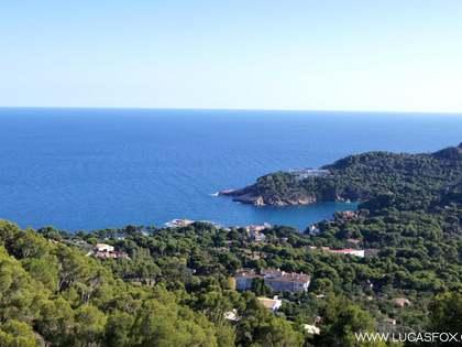 Земельный участок на побережье Коста Брава - элитная недвижимость в Испании