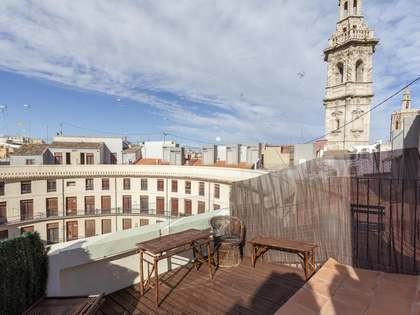 90m² Penthouse with 18m² terrace for rent in La Seu