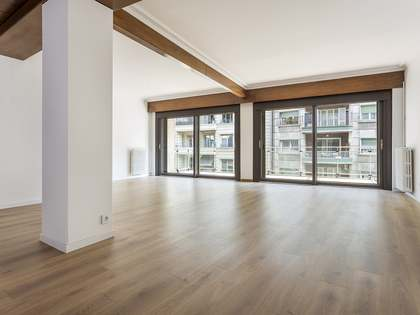 240 m² apartment for rent in Sant Gervasi - Galvany