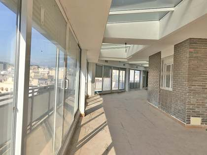 209m² Penthouse with 98m² terrace for sale in Alicante ciudad