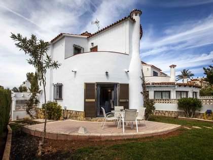Maison / Villa de 109m² a vendre à Dénia avec 222m² de jardin