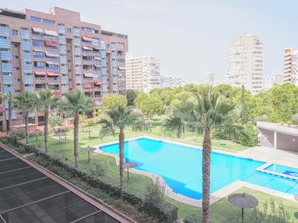 182m² Apartment with 10m² terrace for sale in Playa San Juan