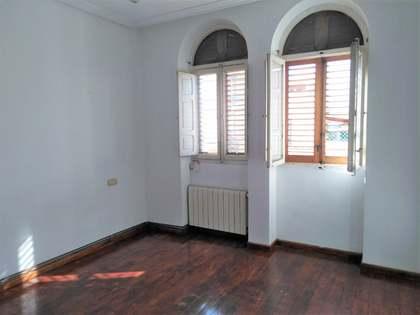 Квартира 72m² на продажу в Гран Виа, Валенсия