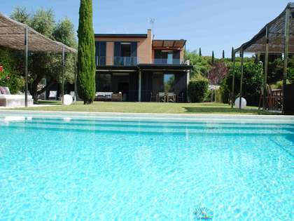 295m² Haus / Villa mit 505m² garten zur Miete in Sant Vicenç de Montalt