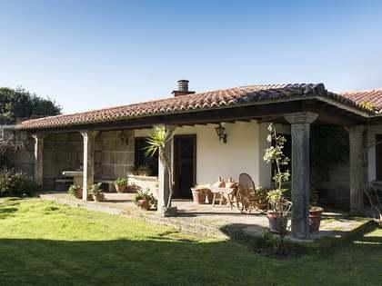906m² Hus/Villa till salu i Pontevedra, Galicia