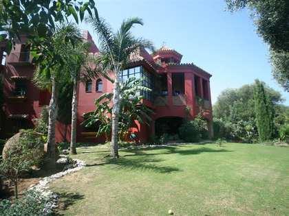 6 bedroom luxury villa for sale in Sotogrande. Golf views
