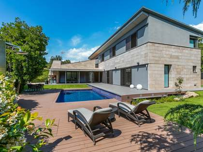 678m² House / Villa for sale in Cabrera de Mar, Barcelona