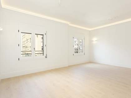 99 m² apartment for sale in Eixample Right, Barcelona