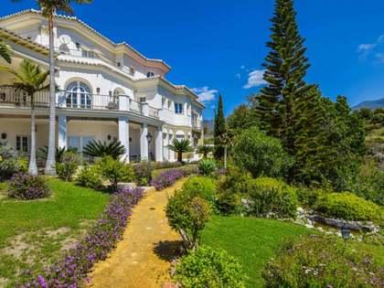 Casa / Vil·la de 500m² en venda a Axarquia, Màlaga