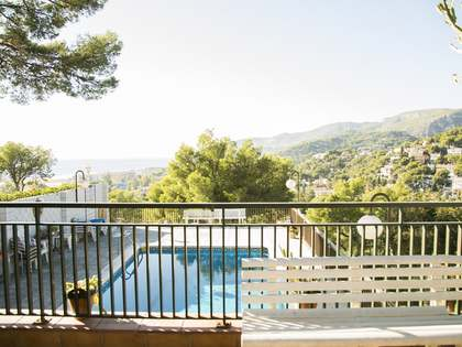 428 m² house with 60 m² terrace for sale in Castelldefels