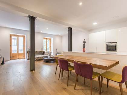 232m² Apartment for sale in Jerónimos, Madrid
