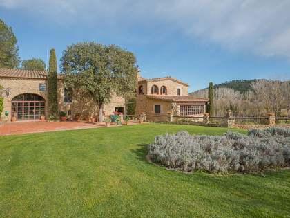 Masía de 758m² en venta en Baix Emporda, Girona