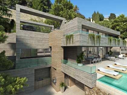 789m² House / Villa with 288m² terrace for sale in Cumbre del Sol