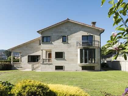 Huis / Villa van 359m² te koop in Pontevedra, Galicia