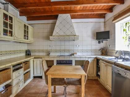 209m² Haus / Villa zum Verkauf in Vilanova i la Geltrú