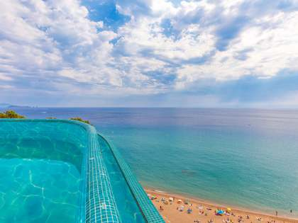 Torre exclusiva a primera línia de mar en venda vora Begur