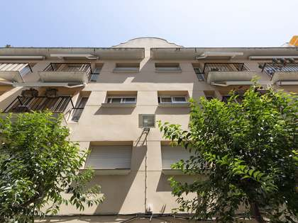 100 m² apartment for sale in Sitges Town