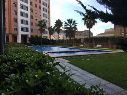 Piso de 128m² en venta en El Pla del Real, Valencia