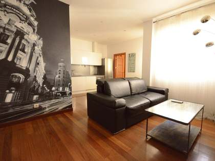 70 m² apartment for rent in Cortes / Huertas, Madrid