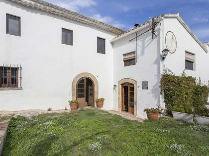 1,000m² House / Villa for sale in Sant Pere Ribes