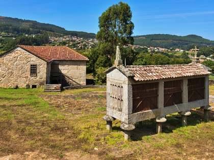 Huis / Villa van 317m² te koop in Pontevedra, Galicia