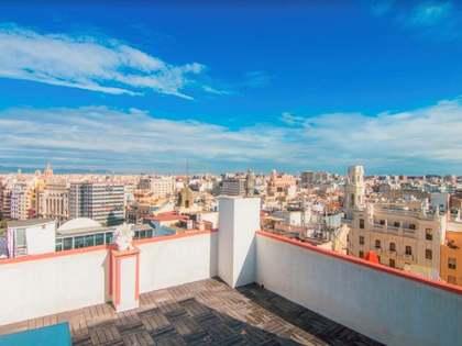 Penthouse van 95m² te huur met 50m² terras in Sant Francesc