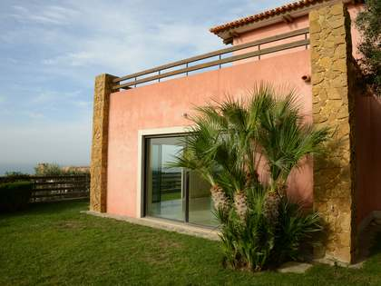Villa for sale in Cascais & Estoril, Portugal - Lucas Fox