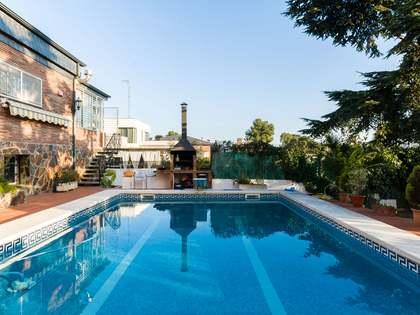 Casa / Villa de 376m² en venta en Montemar, Barcelona