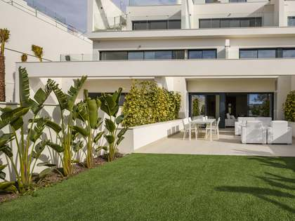 155m² Apartment with 20m² garden for sale in Alicante ciudad