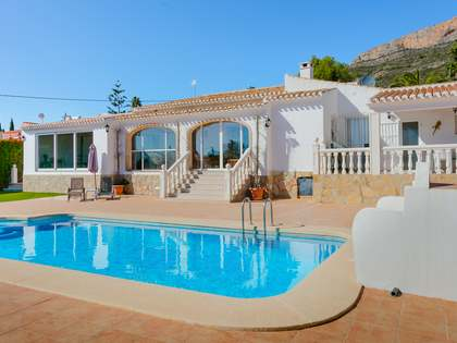 221m² House / Villa with 23m² terrace for sale in Jávea