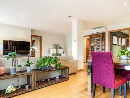 176m² Apartment with 14m² terrace for sale in Sants