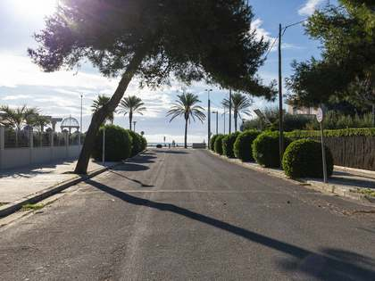 1,671 m² plot for sale in Terramar, Barcelona
