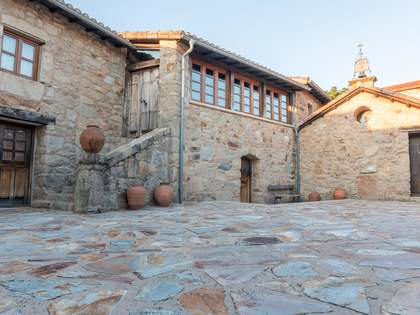 Maison / Villa de 750m² a vendre à Ourense, Galicia