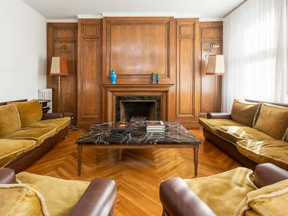 273m² Apartment for sale in Sant Gervasi - Galvany