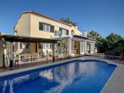 350 m² house for sale in Denia, Costa Blanca