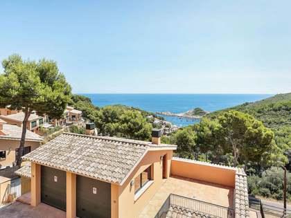186m² Haus / Villa mit 126m² garten zum Verkauf in Sa Riera / Sa Tuna