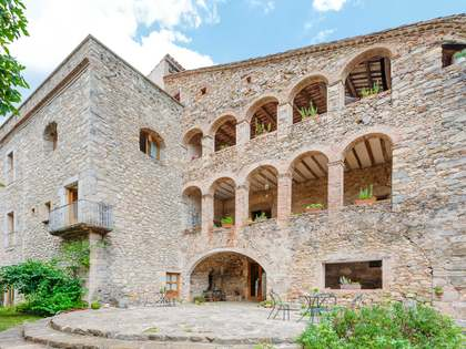 3,195m² Country house for sale in El Gironés, Girona