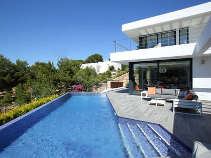430m² House / Villa for sale in Dénia, Costa Blanca
