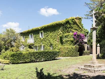 Casa / Vil·la de 650m² en venda a Pontevedra, Galicia