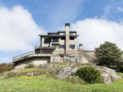 1,226m² Haus / Villa zum Verkauf in Ourense, Galicia