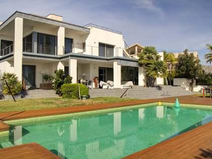 551m² Haus / Villa zum Verkauf in Tarragona Stadt