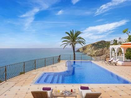 Huis / Villa van 250m² te huur in El Campello, Alicante