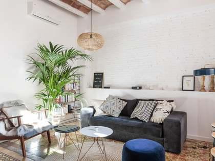 Apartamento de 68m² con terraza en venta en Gràcia, Barcelona
