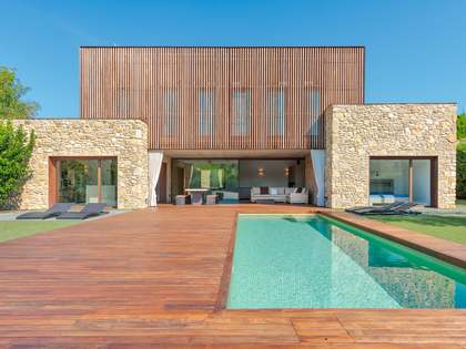 376 m² house for sale in Baix Empordà, Girona